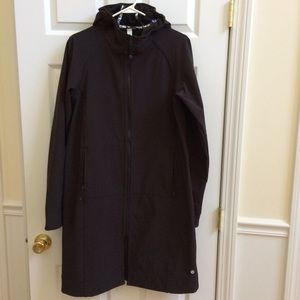 Lululemon black long thermo jacket 10